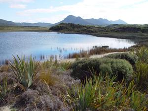 Cedsc02883_freshwater_lakes_tp