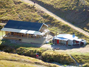 New Woolshed Creek Hut beside the old Mt Somers Hut
