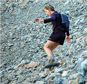 First female tramper down the Crow Slide in the Avalanche Peak Challenge 2006.